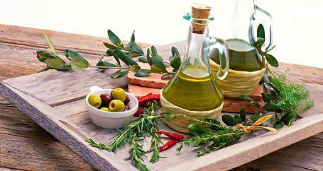 Flavoured organic olive oil